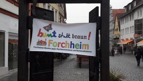 """Das Forchheimer Bündnis """"Bunt statt braun"""" ruft zur Gegendemonstration auf."""