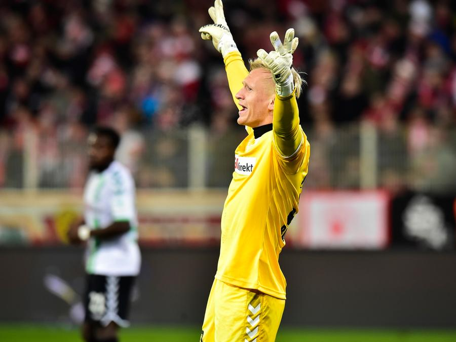 Sascha Burchert bei seinem bisher einzigen Liga-Einsatz in dieser Saison. Bei Union Berlin holte das Kleeblatt mit dem gebürtigen Hauptstädter zwischen den Pfosten ein achtbares 1:1.