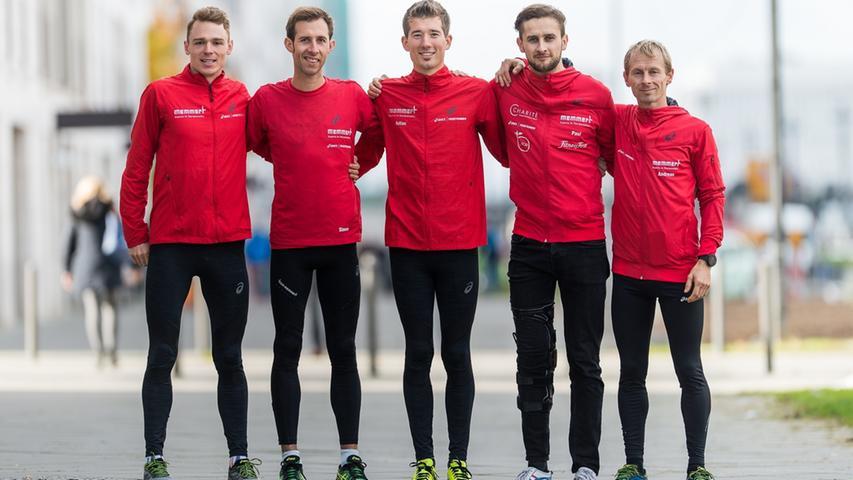 """Die Athleten des """"Asics Team Memmert"""" verlassen Büchenbach, um in Düsseldorf die Säule des neu aufgebauten Perspektivteams """"Tokyo 2020"""" zu bilden."""
