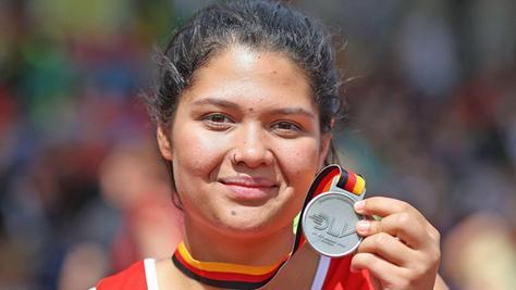 Ihr größter Moment: In Bremen holte sich Rhona Schmidt bei der Deutschen Meisterschaft Silber. Als einzige Leichtathletin des Kreises gehört sie inzwischen dem Bundeskader an.
