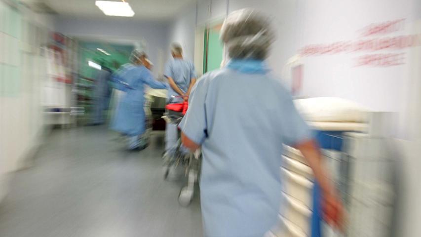 Der Klinikverbund ANregiomed steht finanziell nicht gerade gut da. (Symbolbild)