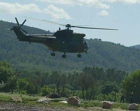 Bis zum 31. August finden Hubschrauberlandeübungen statt. Unser Bild zeigt keinen Helikopter der hiesigen US-Army.