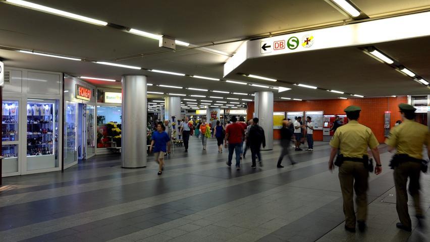 Die Königstorpassage am Nürnberger Hauptbahnhof zählt zu den Kriminalitätsschwerpunkten in der Stadt. Nürnberg ist laut der aktuellen Kriminalitätsstatistik die unsicherste Großstadt Bayerns.