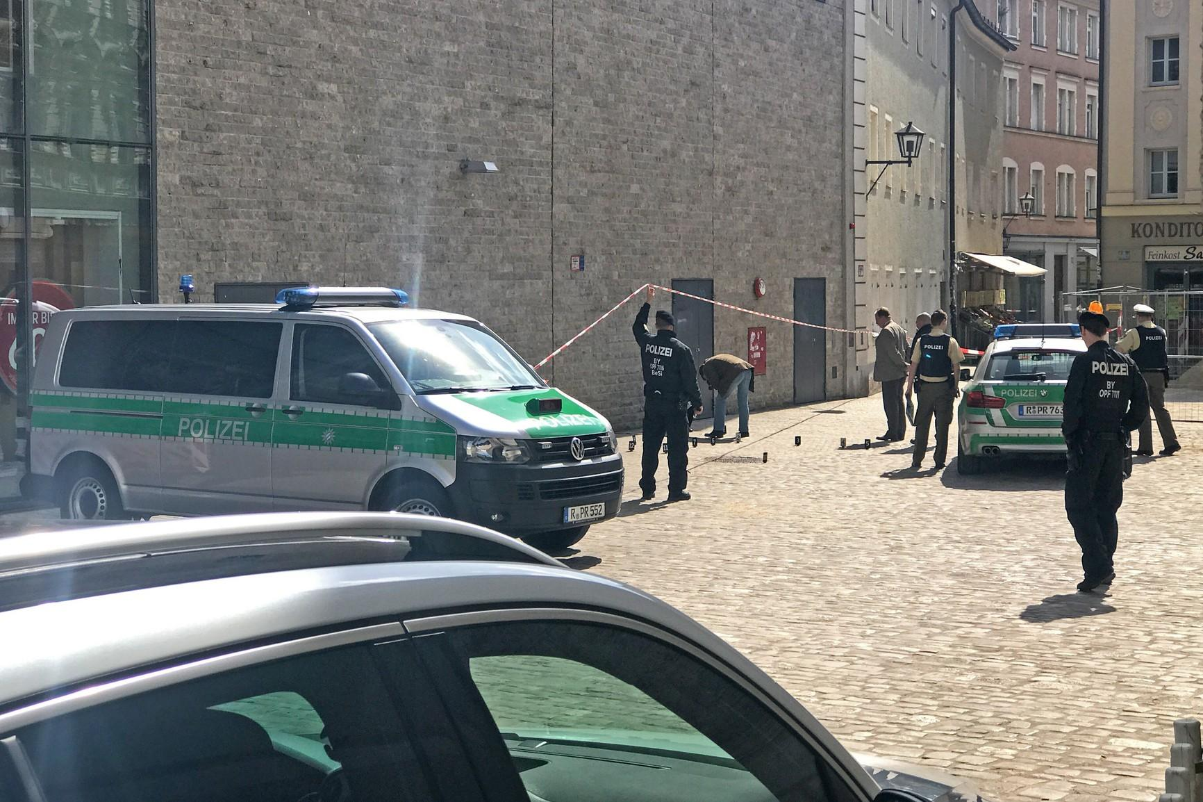 Kriminalität   23-Jähriger attackiert jungen Mann mit Messer