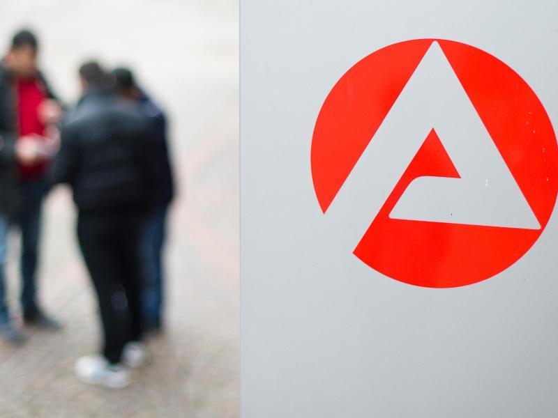 Deutschland: Arbeitslosenzahl sinkt im März auf 2662 Millionen