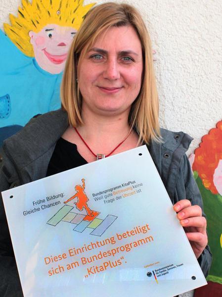 Rowena Praast freut sich über den Bundeszuschuss, den es für längere Öffnungszeiten gibt.