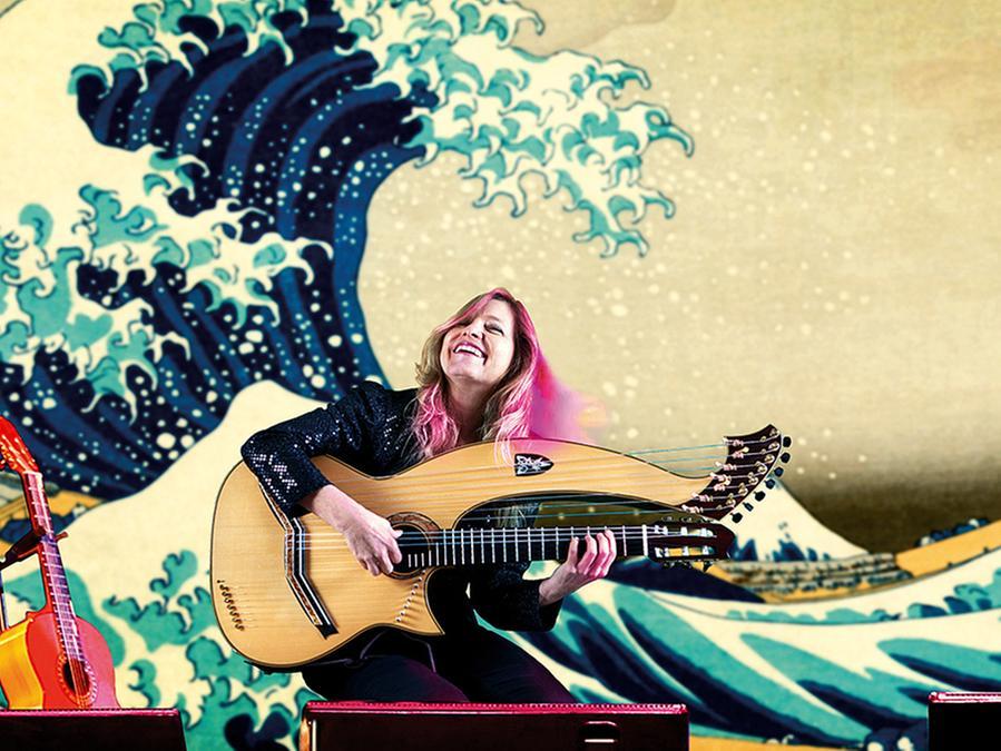 Muriel Anderson und ihre Harfengitarre.