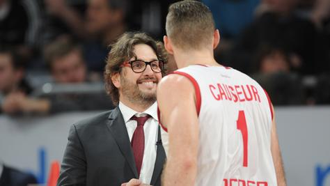 Bambergs Coach Andrea Trinchieri muss am Donnerstagabend auf Luca Staiger und Kapitän Elisa Harris verzichten.
