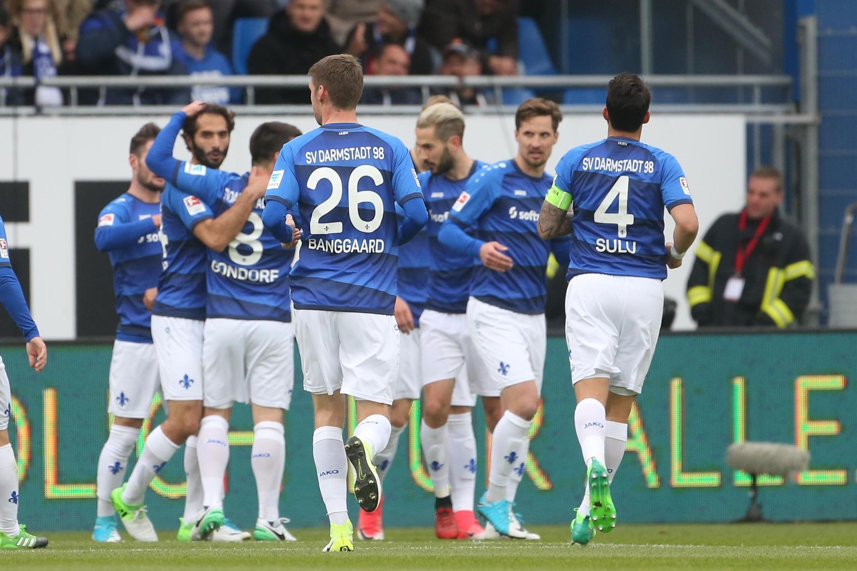 Gisdol will gewaltfreies Nordderby - Darmstadt vor Abstieg