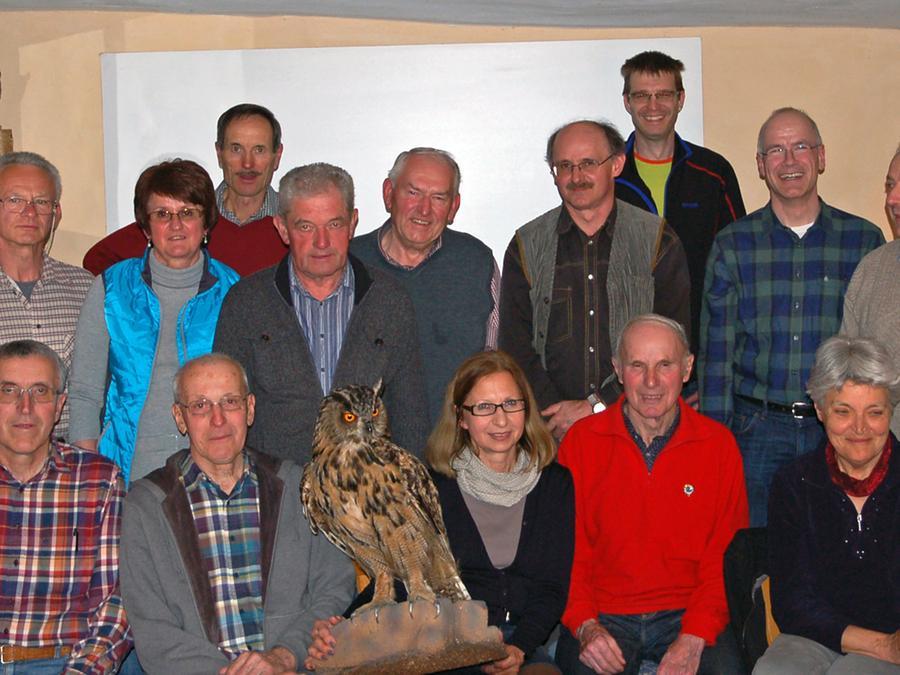 Bei einer Sitzung der Eulengruppe dankte LBV-Kreisvorsitzender den Mitgliedern für ihren langjährigen ehrenamtlichen Einsatz.
