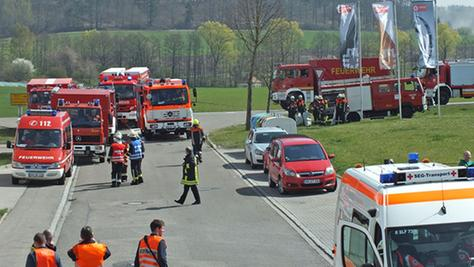 Ein Großaufgebot an Einsatzkräften fand sich für die Übung in Schillingsfürst ein.