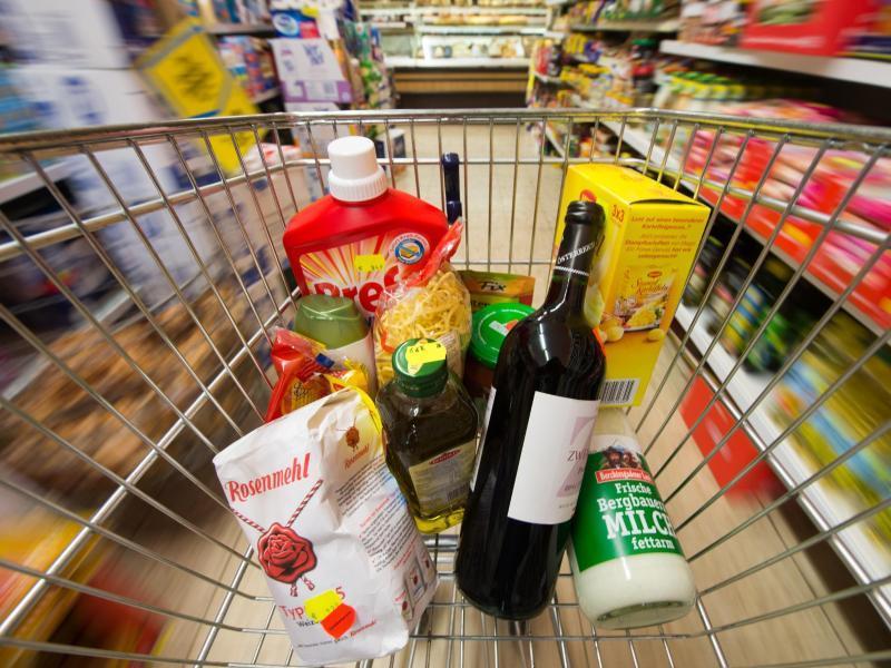 Wirtschaft - Deutschland: Inflation steigt wieder auf zwei Prozent - Ostereffekt