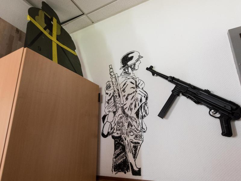 Fall Franco A.: Von der Leyen kündigt Konsequenzen an