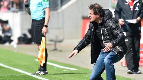 Janos Radoki möchte am letzten Spieltag der Zweitliga-Saison 2016/17 zum Eisenbieger werden.