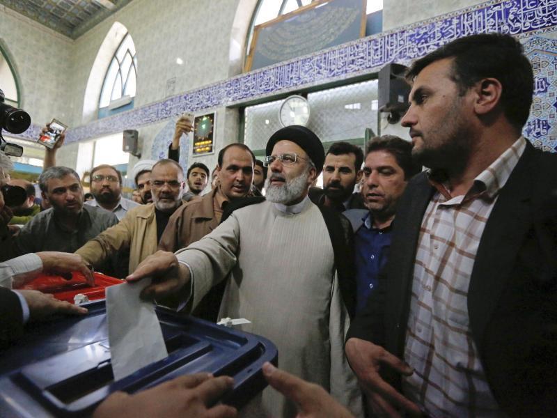 Präsidentenwahl im Iran: Zweite Amtszeit für Ruhani?