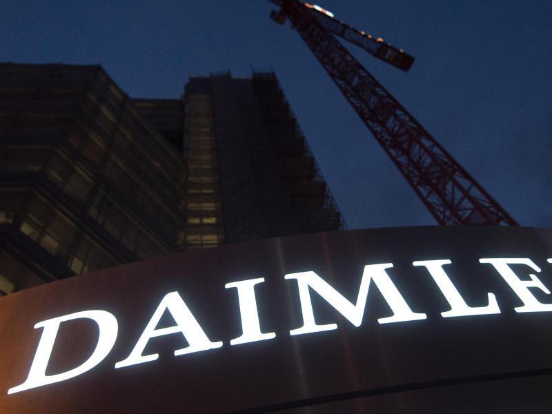 Verdacht auf Abgasbetrug Staatsanwaltschaft durchsucht Daimler