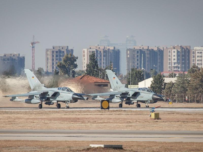 Kabinett billigt Verlegung deutscher Soldaten nach Jordanien