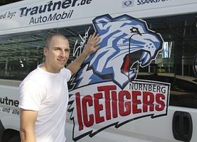 Selbst Autos haben sie in Deutschland, große und schön lackierte sogar: In Nordamerika wurde Ice-Tigers-Neuzugang Paul Albers aufs Schlimmste vorbereitet. Der Kulturschock aber blieb bislang aus.